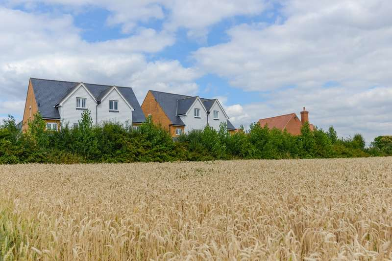 4 Bedrooms Town House for sale in Leonard Gould Way, Loose, Maidstone, ME15
