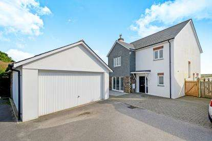 4 Bedrooms Detached House for sale in Crantock, Newquay, Cornwall
