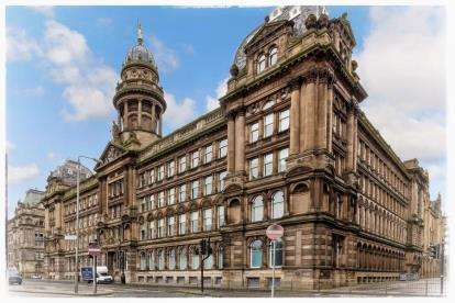 2 Bedrooms Flat for sale in Morrison Street, Glasgow
