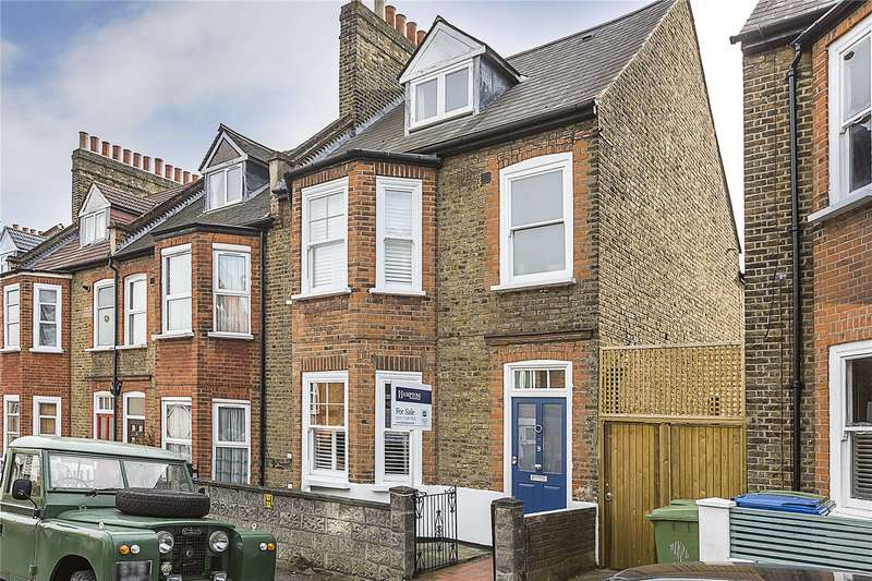 4 Bedrooms Semi Detached House for sale in Solway Road, London, SE22