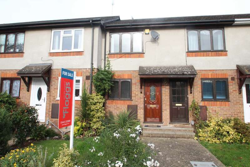1 Bedroom Terraced House for sale in ONE DOUBLE BEDROOM HOUSE with CONSERVATORY & PARKING