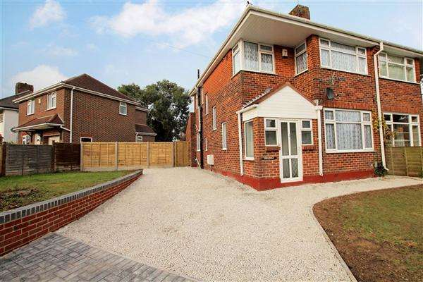 3 Bedrooms Semi Detached House for rent in 3 Bedroom Family home, BH10