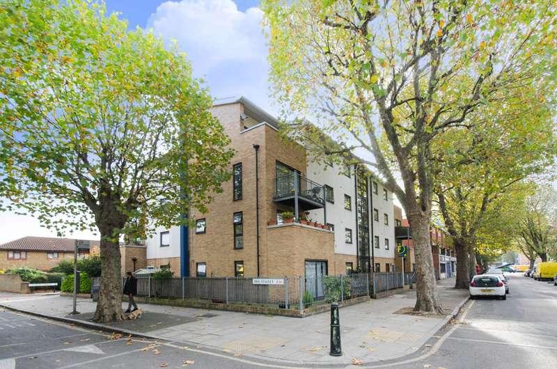 2 Bedrooms Flat for sale in Aberfeldy Street, Poplar, E14