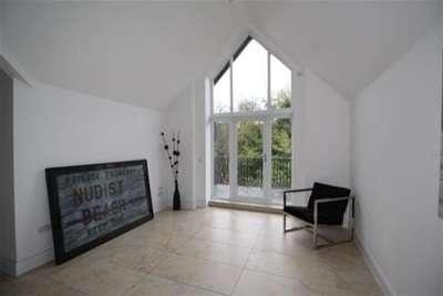 4 Bedrooms Flat for rent in Ibbotsons Lane, L17