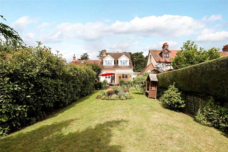 4 Bedrooms Detached House for sale in Wolfmere Lane, Greatham, Liss, Hampshire, GU33