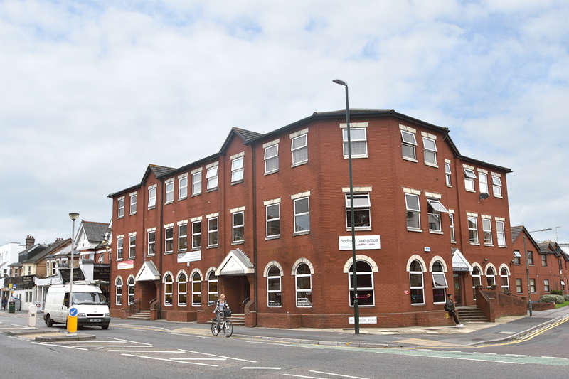 Office Commercial for sale in Ground Floor Office, 744 Christchurch Road, Boscombe, Bournemouth, BH7 6BZ