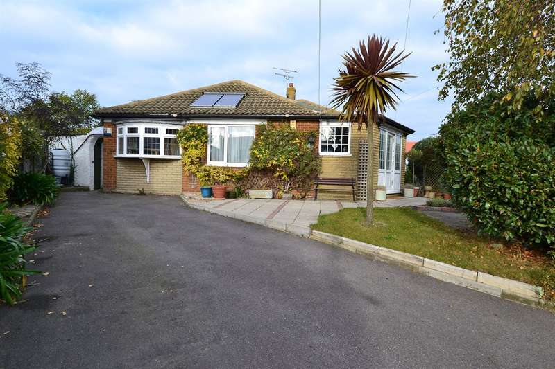 4 Bedrooms Detached Bungalow for sale in South Lodge Close, Tankerton, Whitstable