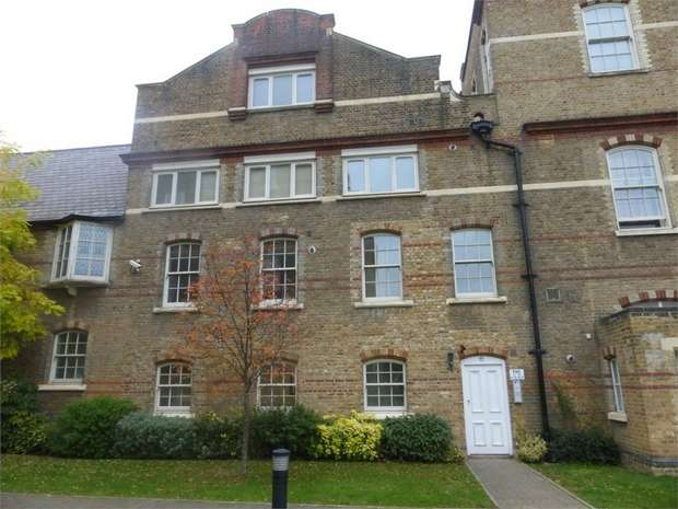 2 Bedrooms Flat for sale in Lancaster House, Borough Road, Isleworth
