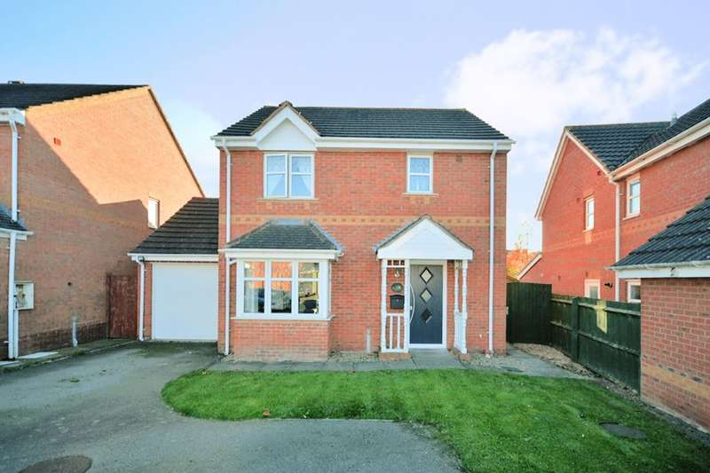 3 Bedrooms Detached House for sale in Northbourne Drive, Nuneaton, CV11