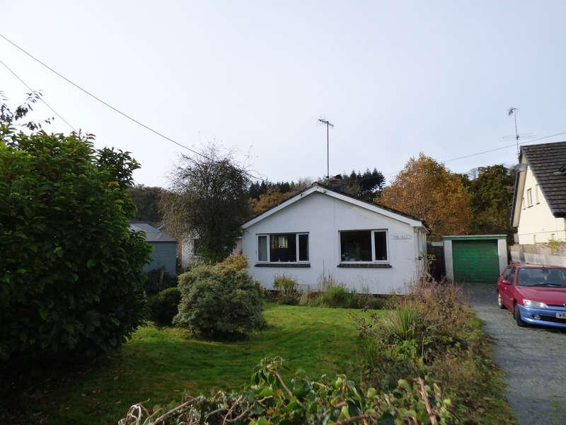 2 Bedrooms Detached Bungalow for sale in Brightley Road, Okehampton