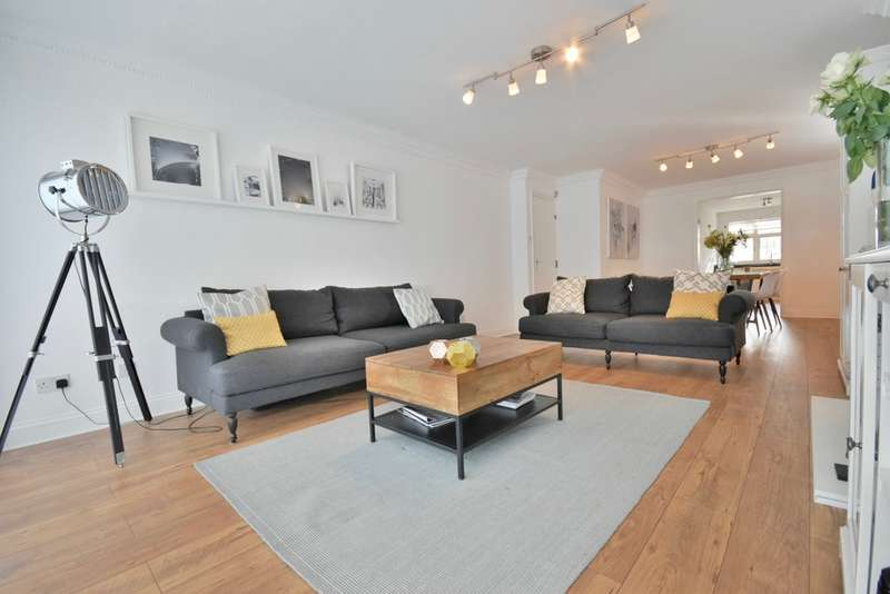 2 Bedrooms Apartment Flat for sale in BERKELEY COURT, Neeld Crescent, Hendon, London, NW4