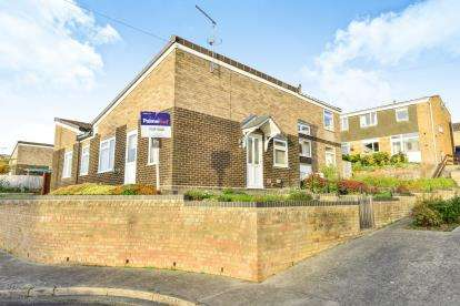 3 Bedrooms Bungalow for sale in Yeovil, Somerset, Uk