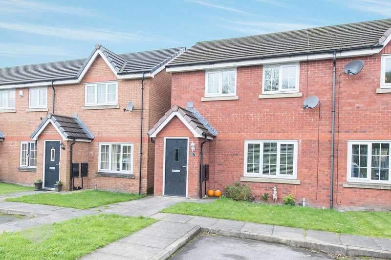 3 Bedrooms Town House for sale in Shawcroft View, Bolton, BL1