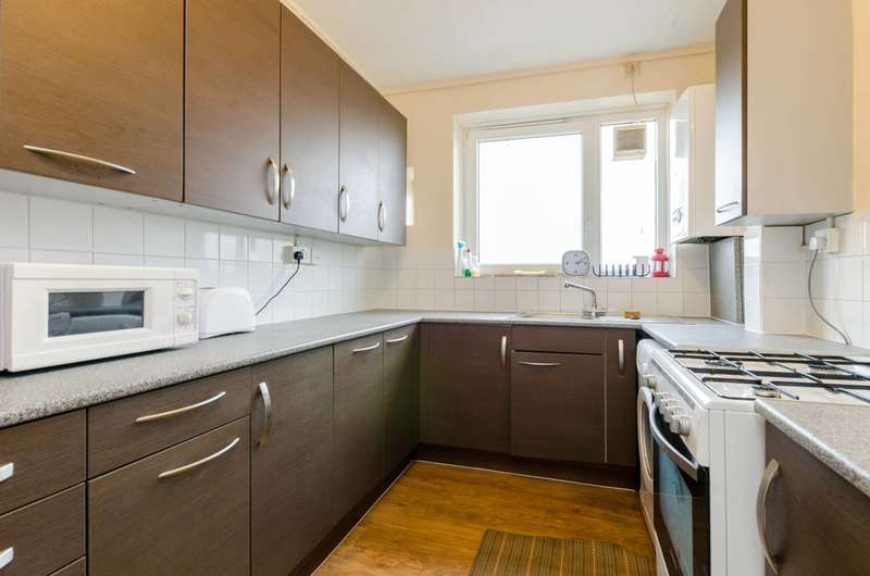 1 Bedroom Flat for sale in Doveton Street, Tower Hamlets, E1