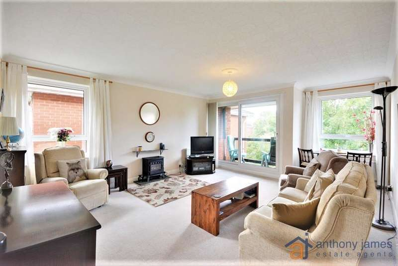 2 Bedrooms Apartment Flat for sale in Saxon Road, Birkdale, Southport, PR8 2AX