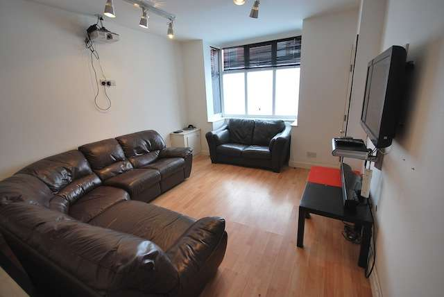 8 Bedrooms Terraced House for rent in Brailsford Road, Fallowfield, Manchester, M14 6PU