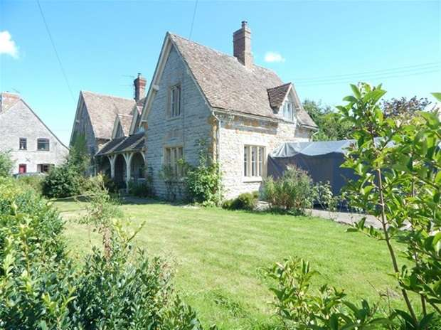 2 Bedrooms House for sale in Alford, Castle Cary