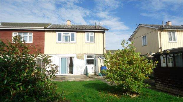 3 Bedrooms Semi Detached House for sale in Blundell Place, Bedford