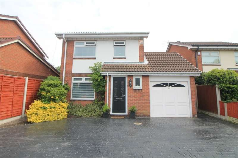 3 Bedrooms Detached House for sale in Runnells Lane, Thornton, Merseyside
