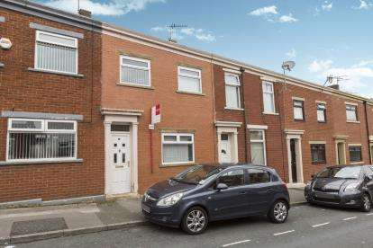 4 Bedrooms Terraced House for sale in Balaclava Street, Whalley Range, Blackburn, Lancashire