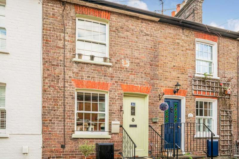 2 Bedrooms Cottage House for sale in Albert Street, Tring