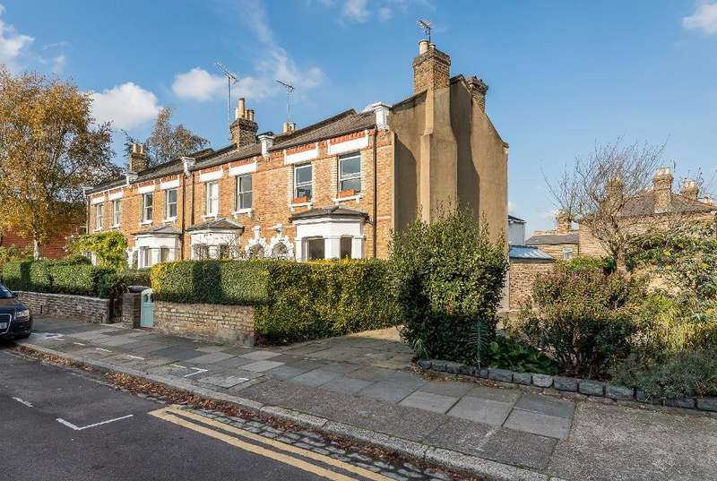 4 Bedrooms End Of Terrace House for sale in Lynton Road, London, N8 8SL