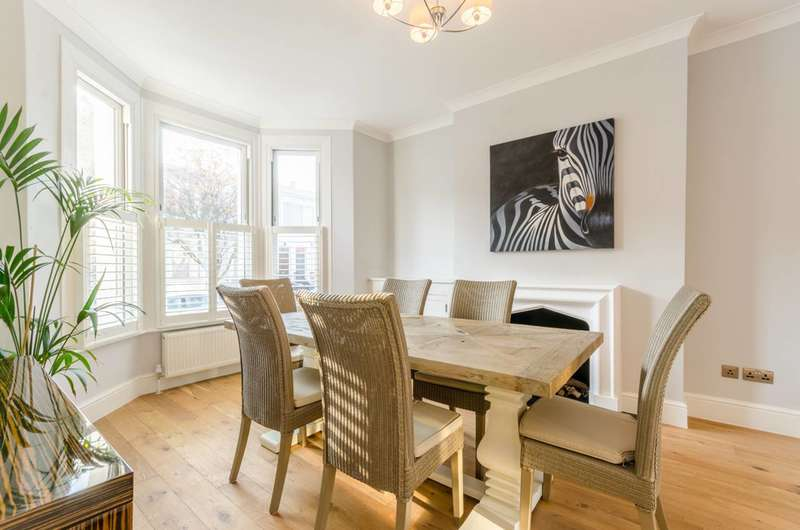 5 Bedrooms Terraced House for sale in Anselm Road, West Brompton, SW6