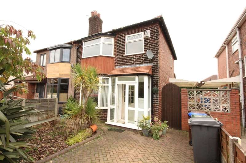 3 Bedrooms Semi Detached House for sale in Knott Lane, Hyde, SK14