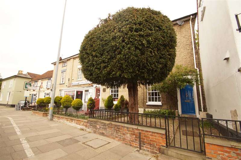 3 Bedrooms Terraced House for sale in Crouch Street, Colchester