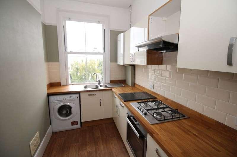 3 Bedrooms Flat for rent in Belmont Road, Wallington, SM6