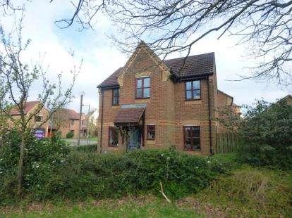 3 Bedrooms Detached House for sale in Bridlington Crescent, Monkston, Milton Keynes, Buckinghamshire