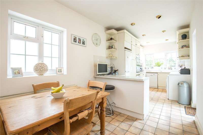 3 Bedrooms Detached House for sale in Tretawn Gardens, Mill Hill, London, NW7