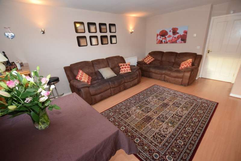 3 Bedrooms Terraced House for sale in Westerham Road, London, London, E10
