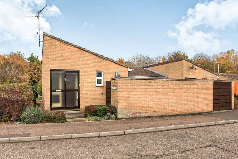 2 Bedrooms Semi Detached Bungalow for sale in Wingfield, Orton Goldhay, Peterborough, PE2