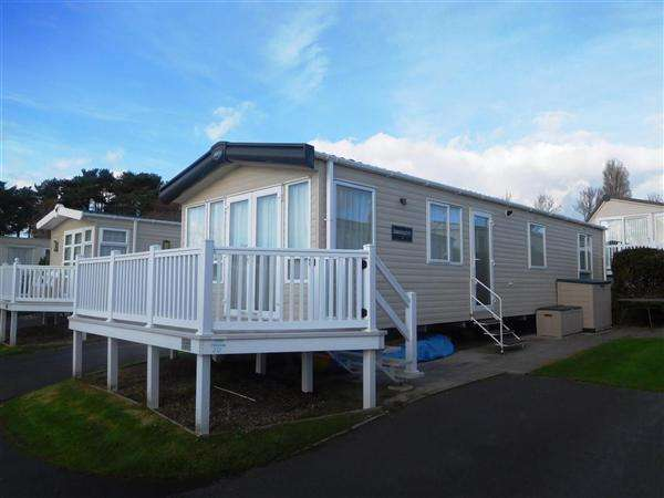 2 Bedrooms Park Home Mobile Home for sale in Pine Grove, Napier Road, Bournemouth