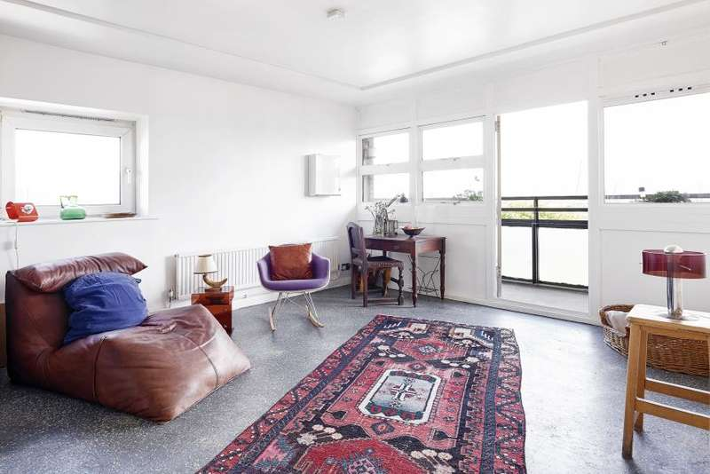 2 Bedrooms Flat for sale in Old Montague Street, Aldgate East, E1