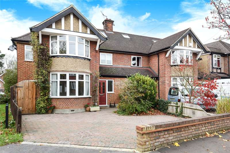 5 Bedrooms Semi Detached House for sale in Gade Avenue, Watford, Hertfordshire, WD18