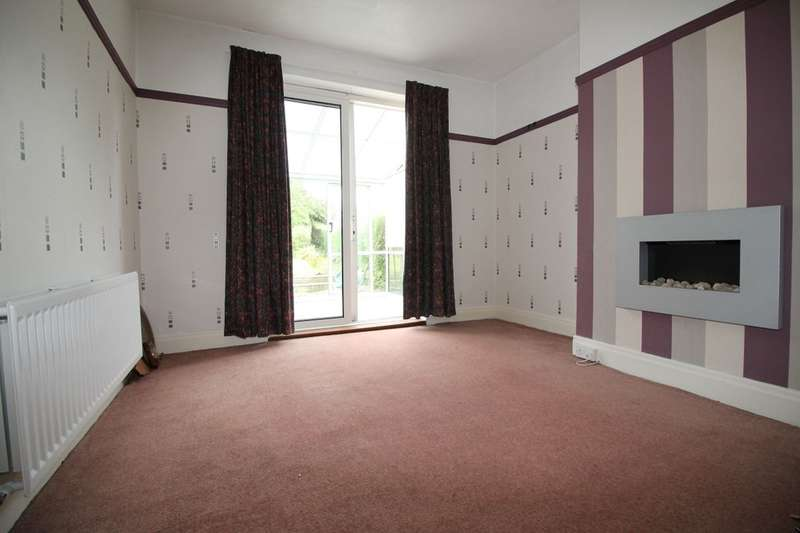 3 Bedrooms Semi Detached House for sale in Askrigg Road, Stockton-On-Tees, TS18