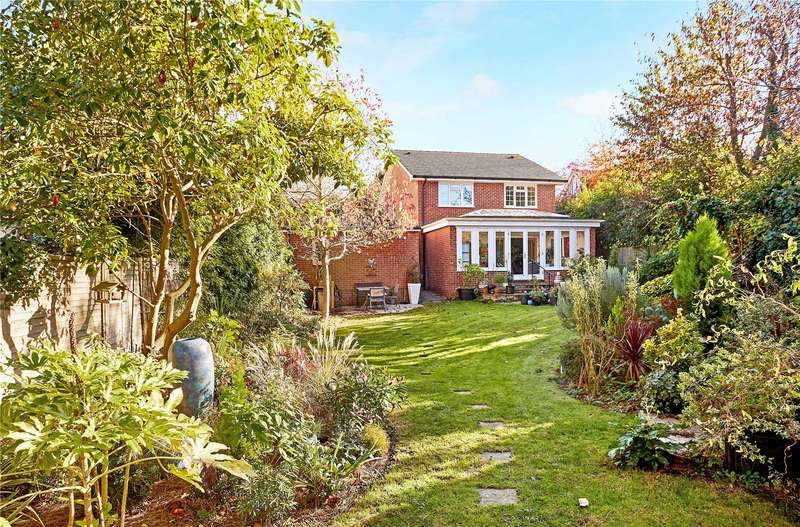 4 Bedrooms Detached House for sale in Lower Green Road, Tunbridge Wells, Kent, TN4