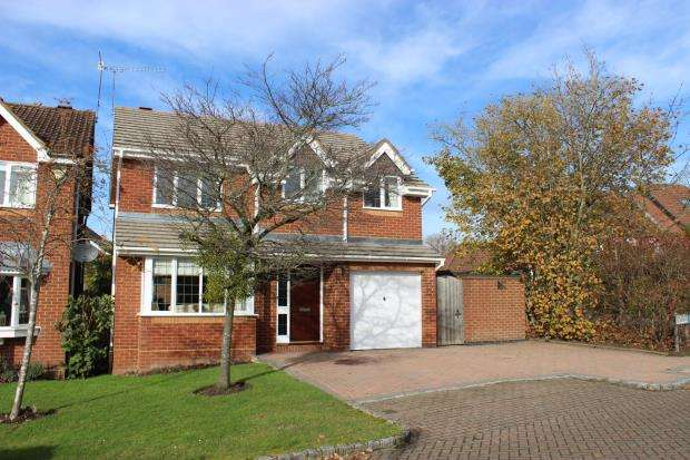 4 Bedrooms Detached House for sale in West End, Surrey