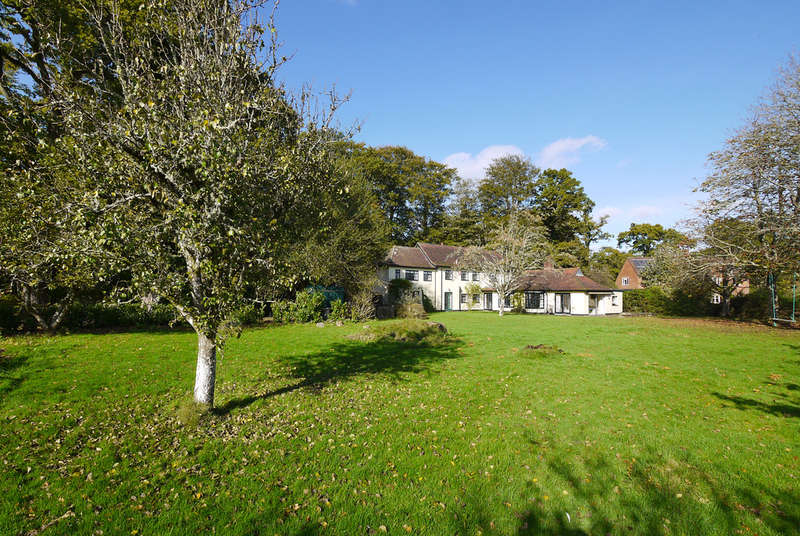 4 Bedrooms Detached House for sale in Aldridge Hill, Brockenhurst, Hampshire