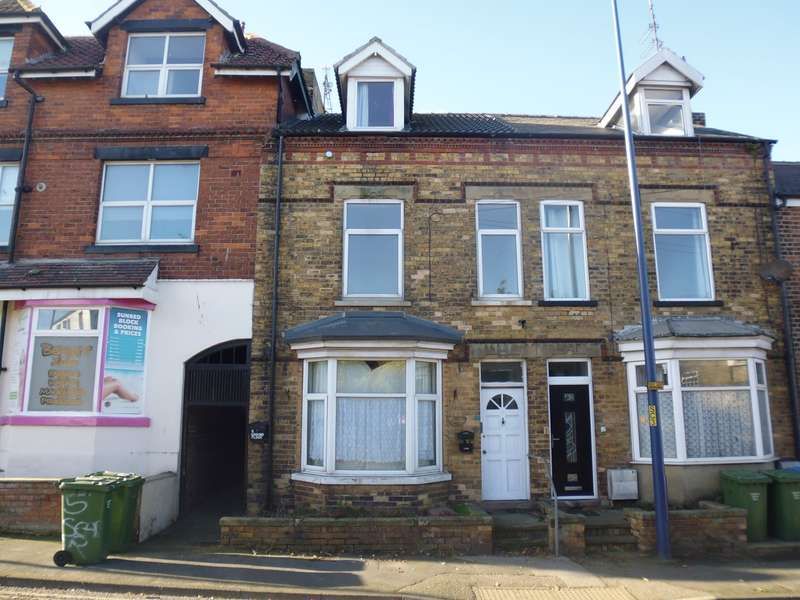 2 Bedrooms Maisonette Flat for rent in Scarborough Road, Filey, YO14