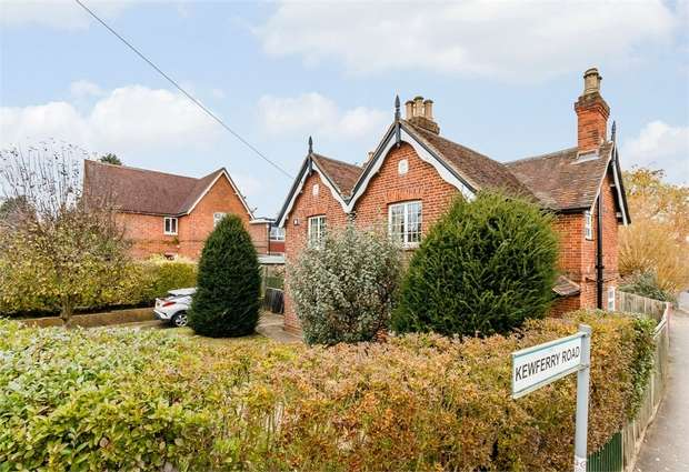 4 Bedrooms Detached House for sale in Kewferry Road, Northwood, Greater London