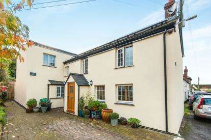3 Bedrooms Detached House for sale in Axmouth, Seaton, Devon