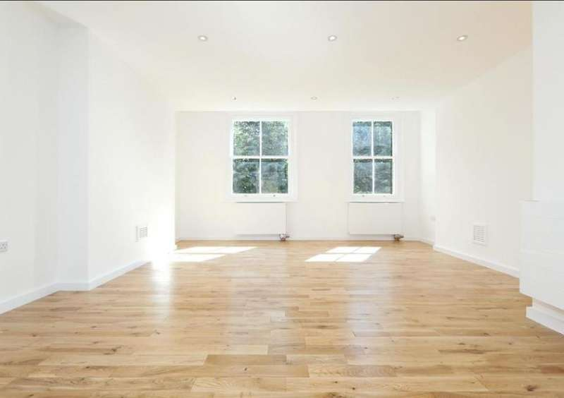 3 Bedrooms Flat for sale in Grove Place, Hampstead, London, NW3 1JP