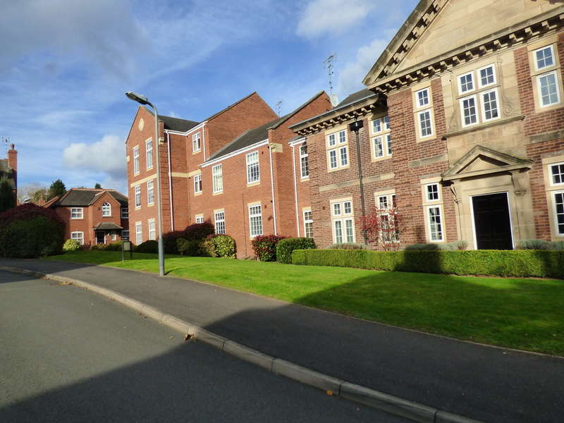 1 Bedroom Flat for sale in King Edwards Court Warwick