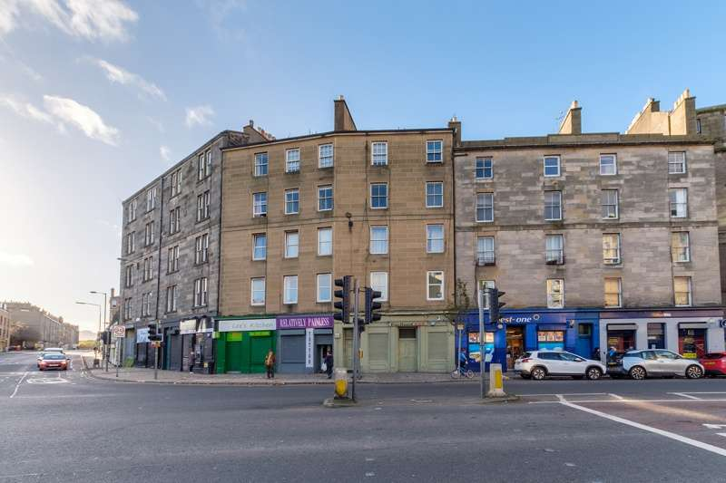 2 Bedrooms Flat for sale in Portland Place, Edinburgh, EH6 6LA