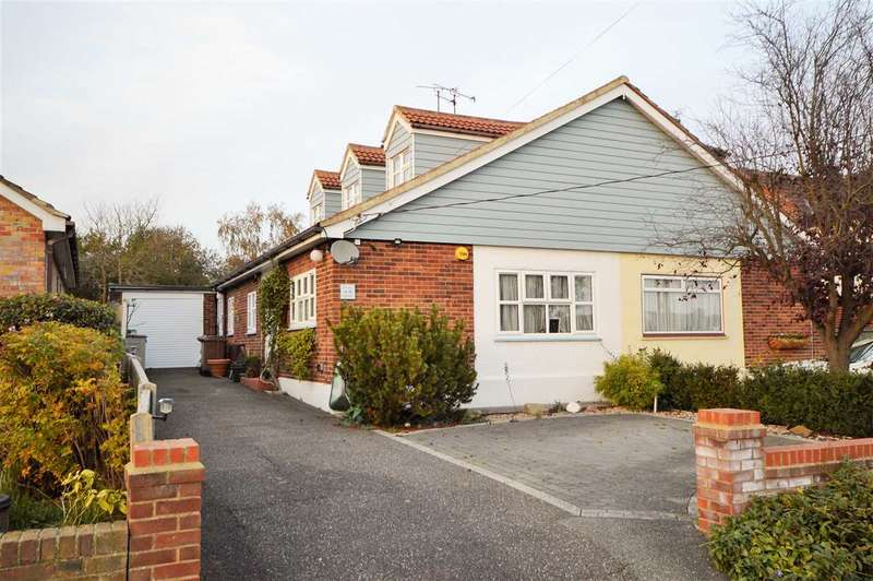 4 Bedrooms Chalet House for sale in Waverley Crescent, Wickford