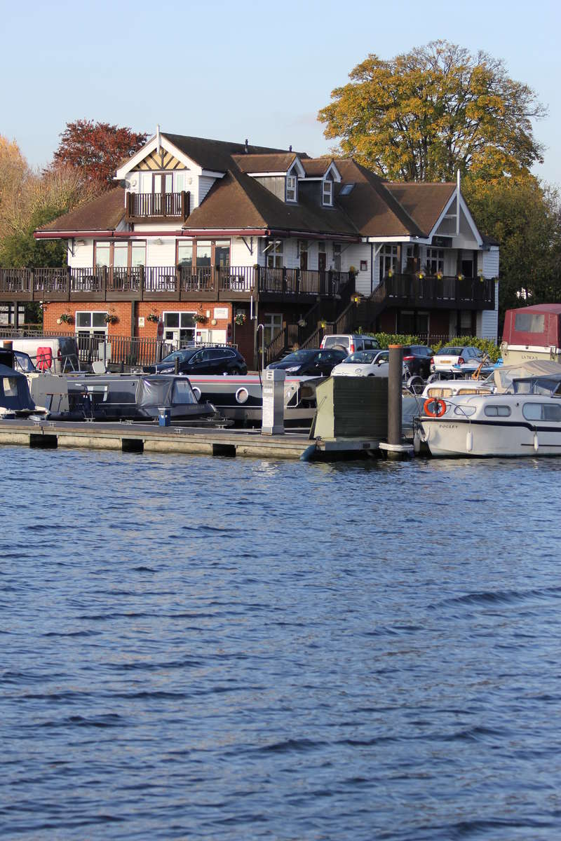 Shop Commercial for rent in BOURNE END MARINA,WHARF LANE,BOURNE END,SL8 5RP, Wharf Lane, Bourne End