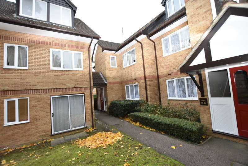 1 Bedroom Ground Flat for sale in Rochester Court, Garston